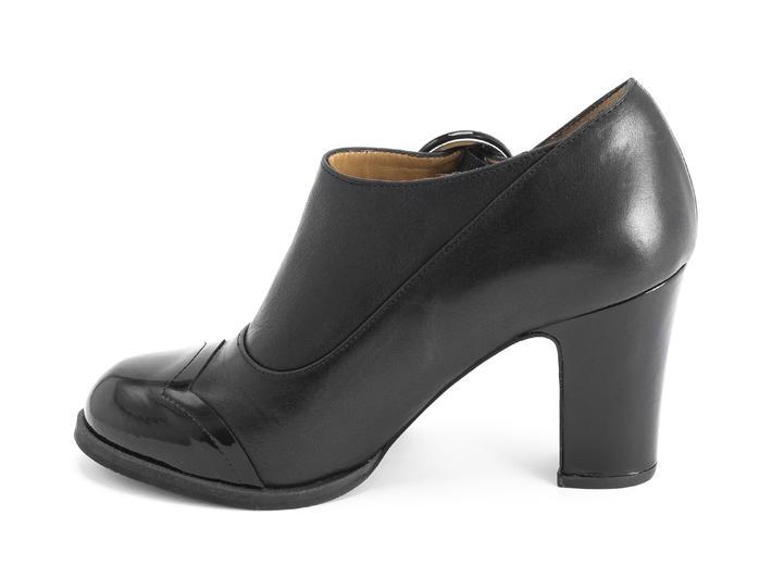 Joyce Black Buckled heel with scalloped toe