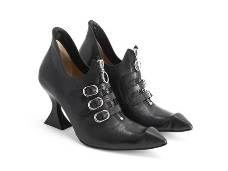 Carlon Black Zip-up heel with straps