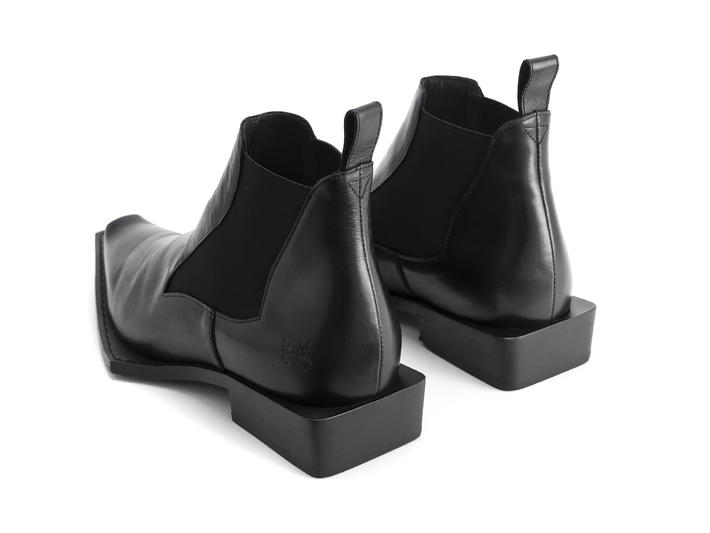 Matlock Black Wicked chelsea boot
