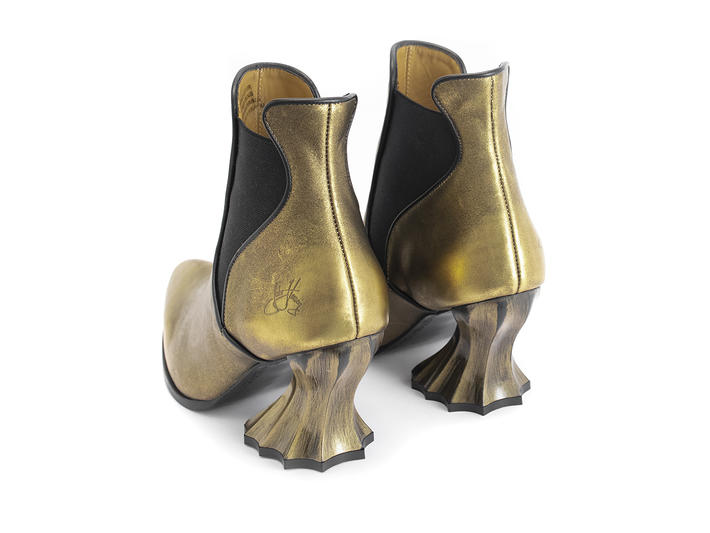 Ara Gold Vintage-inspired chelsea boot