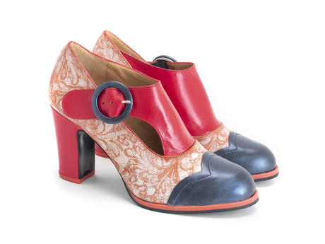 Joyce Blue/Red Buckled heel with scalloped toe