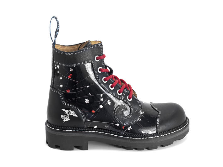 Derby Swirl (6 Eye) Black/Floral Classic Derby Boot