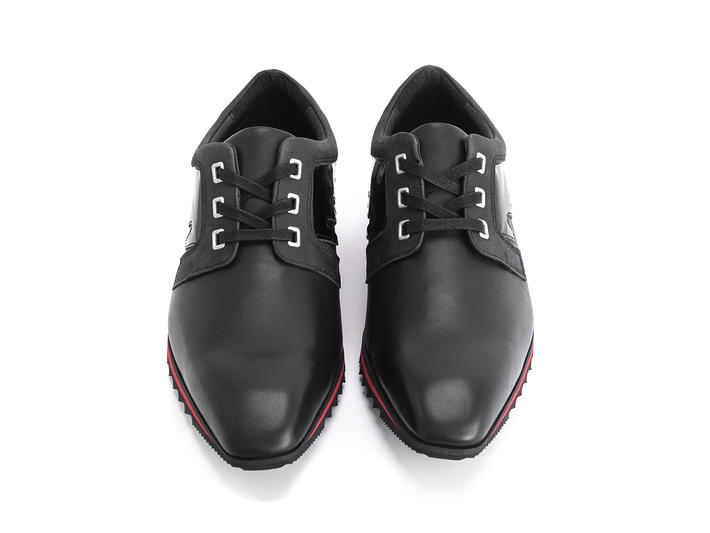 McNally Black/Red Zigzag accent sneaker