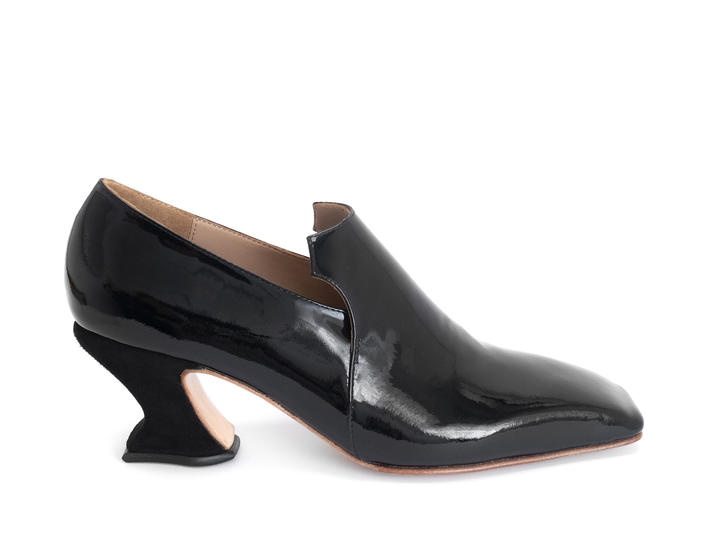 Cardinal Black Patent Square toe loafer heel
