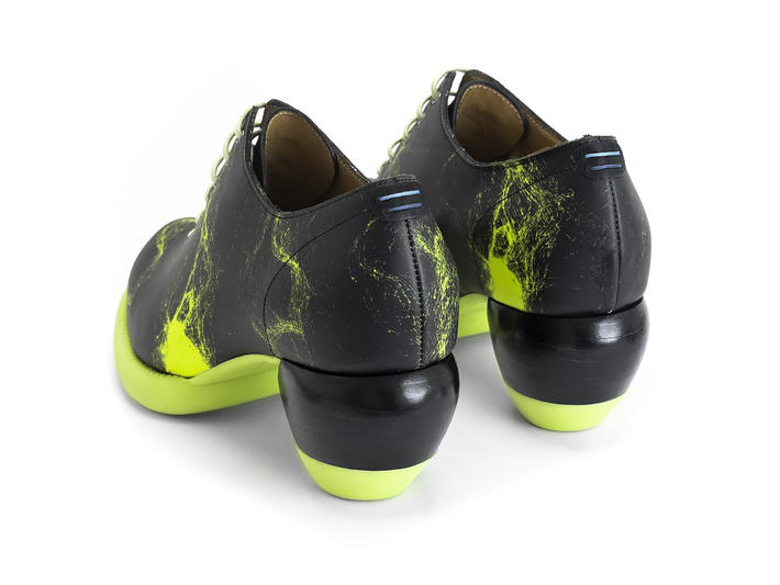 Waymouth Neon Yellow Lace-up shoe