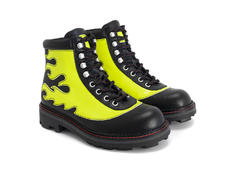 Pyro Black/Yellow Boot with flames
