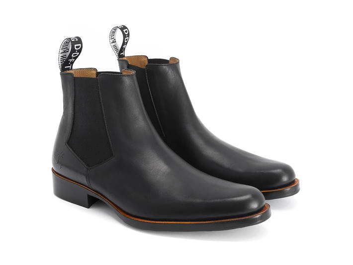 1224 Stark St Black Leather chelsea boot