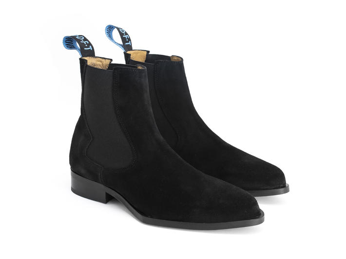 Kid: Women's Black Chelsea boot