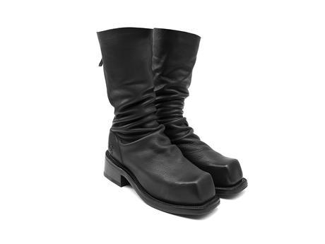 Cruz Black Slouchy mid-calf boot