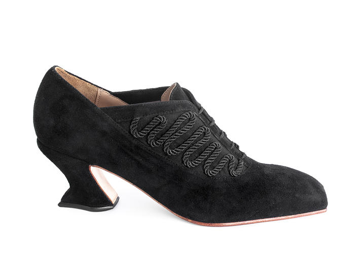 Excellence Black Lace-up heel