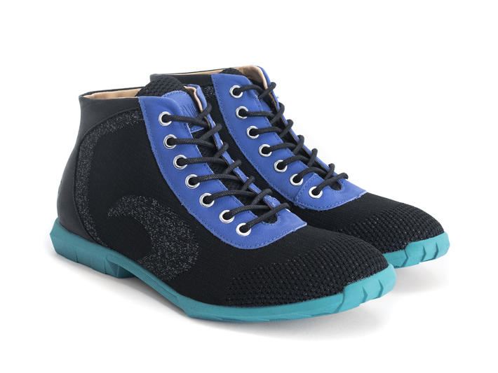 Nebula Black/Blue Sporty lace-up boot