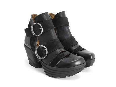 Soca Black Platform buckle boot