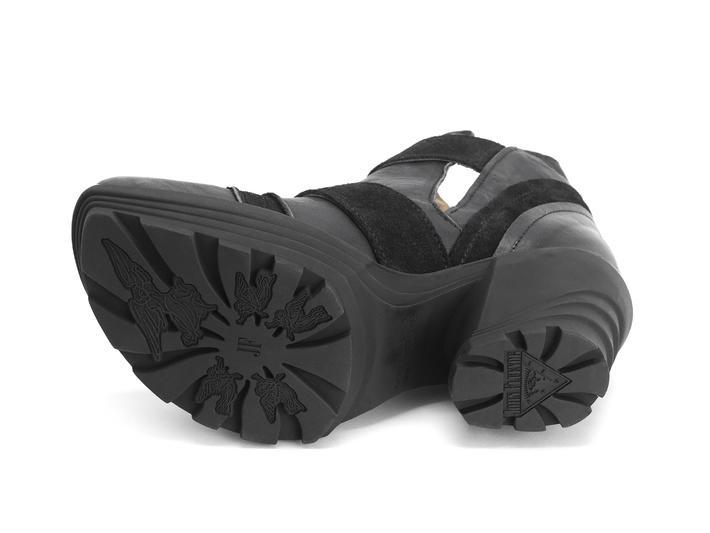 Soca Black Platform buckle boot