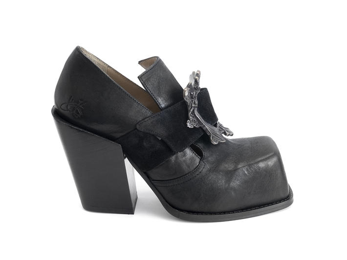 Bader Black Buckled platform shoe