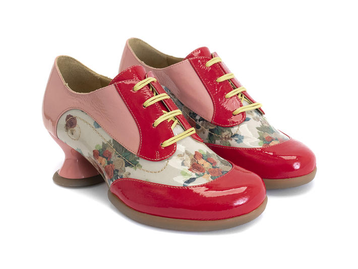 Generous - Pink/Red   Lace-up shoe with