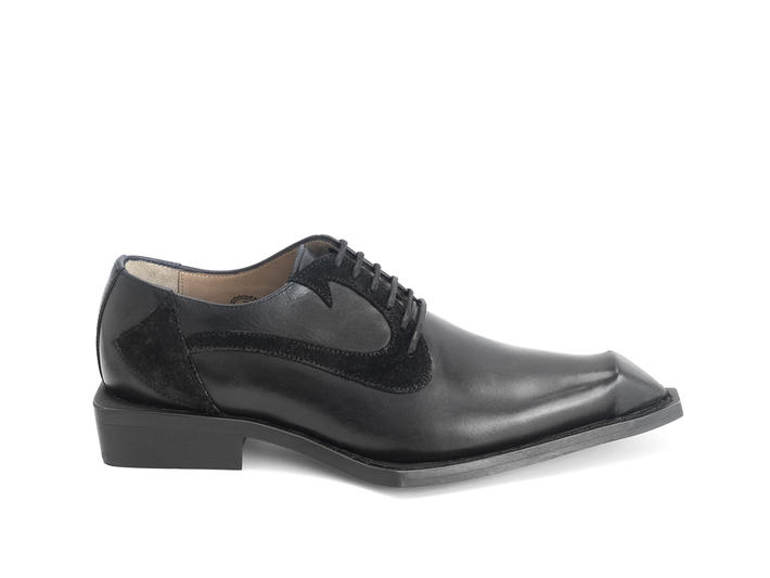 Dio: WOMEN'S Black Devil tail dress shoe