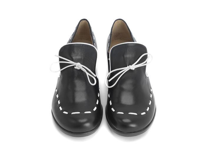 Willful Black Slip-on heel with stitching