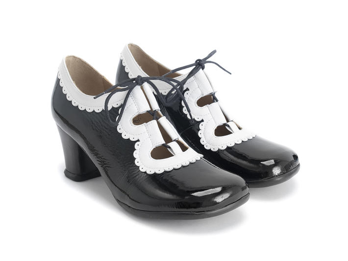 Melis - Black/White | Lace-up heel with