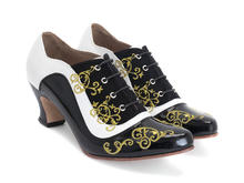 Champey Black/White Lace-up heel with embroidery