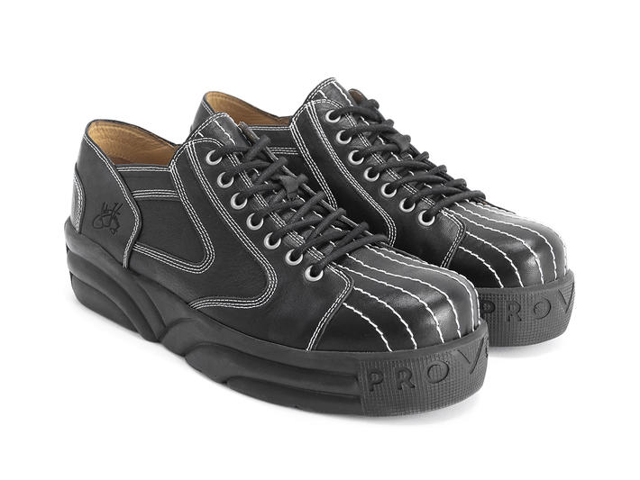 PV1 Black Platform sneaker