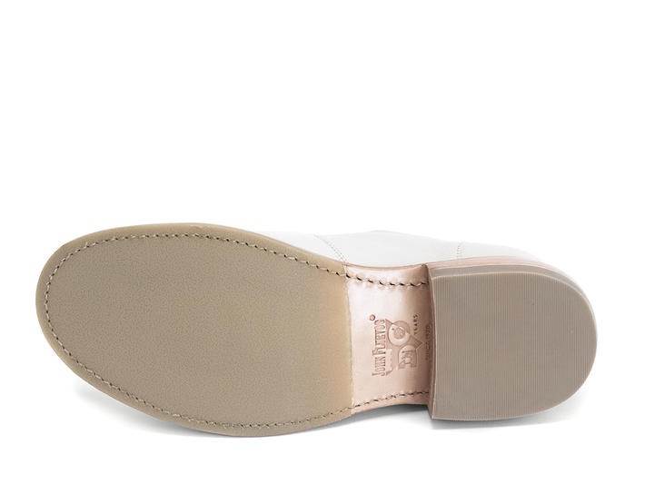 Winch Beige Wholecut shoe