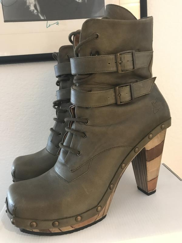 Faith Conviction 2 Strap Ankle Boot