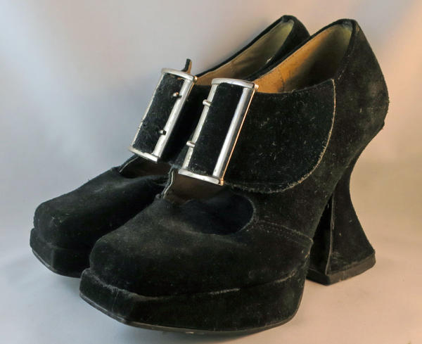 Munsters... suede; Fluevog by Dynamite AS IS