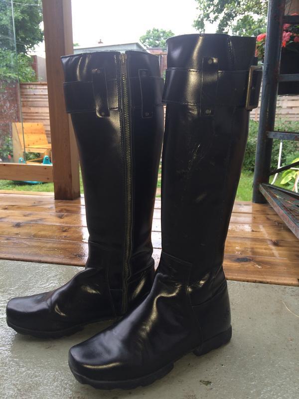 Black Vog Together boots size 10