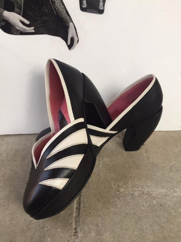 2005 Lip Service Mandalay Black White Heels size 10