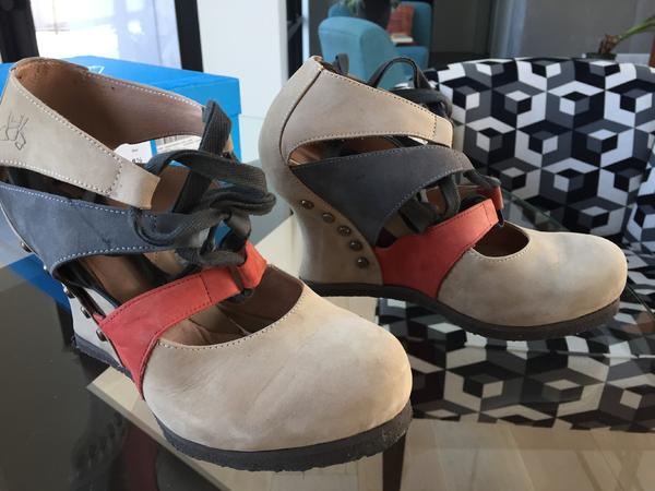 Dawn platform wedges