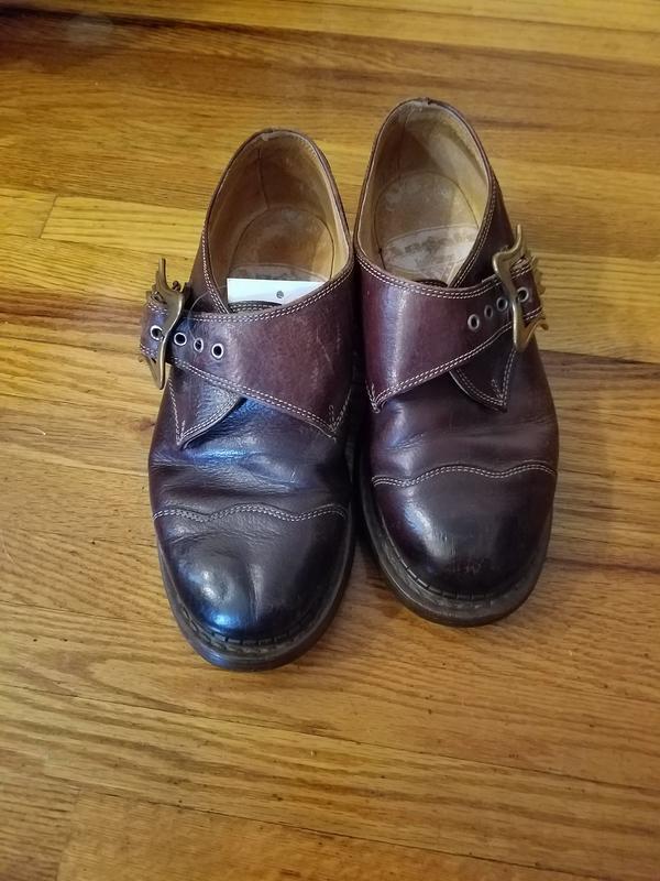 Vintage Men's 6 Brown Shoes (Model Unknown)