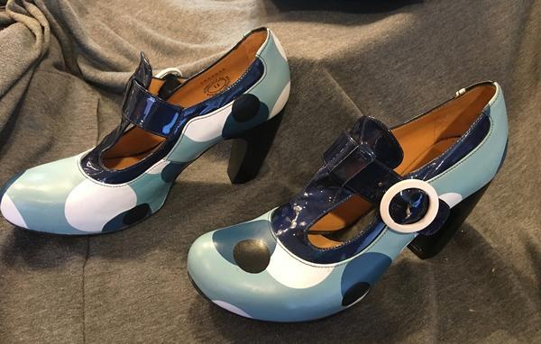 Views Arbus 11 leather t-strap heel blue dots w/box