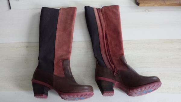 Beautiful Burgundy Boots