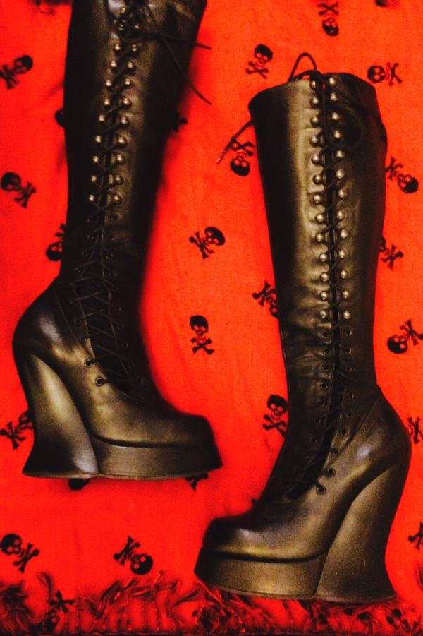 GRAND NATIONAL CORSET BOOTS KNEE HIGH