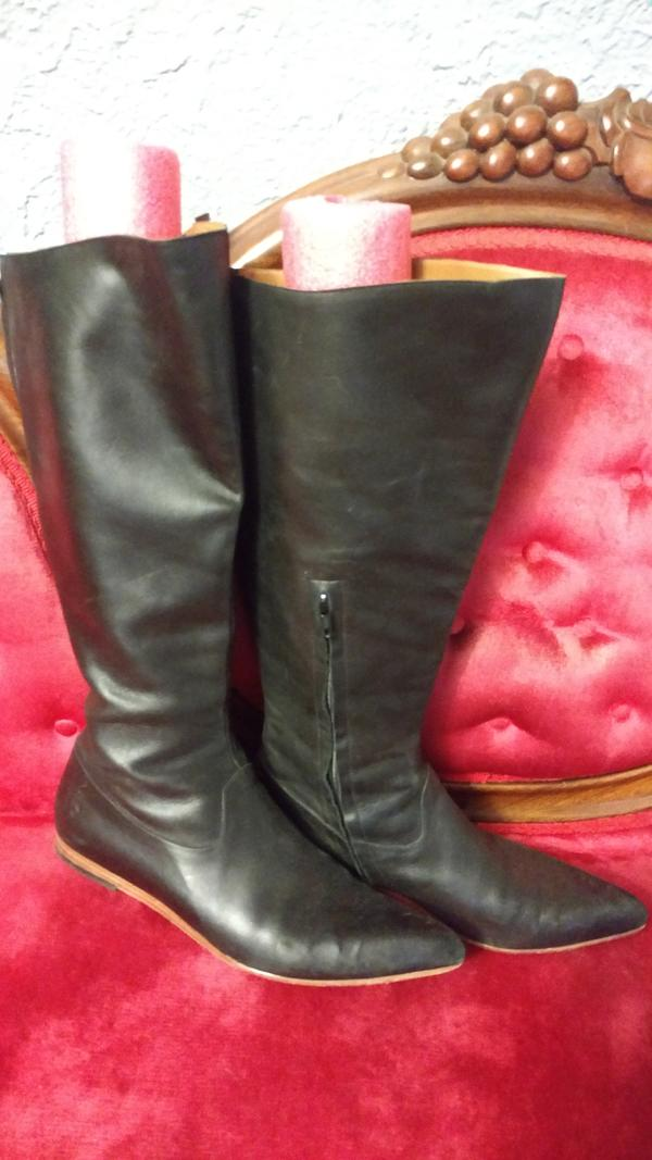 Pointy Flat Riding Boots