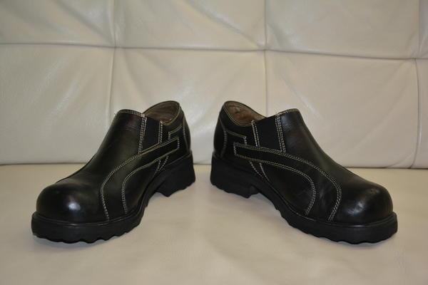 Vintage F-shoes