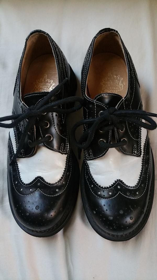 Spectator wingtips with 7th Heaven soles
