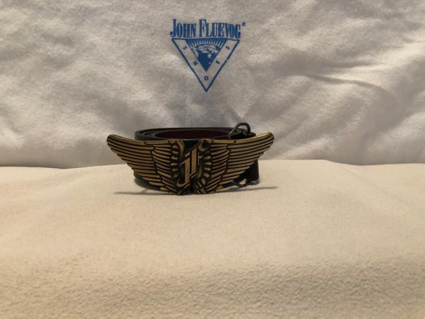 Angel wings buckle with black Fluevog belt