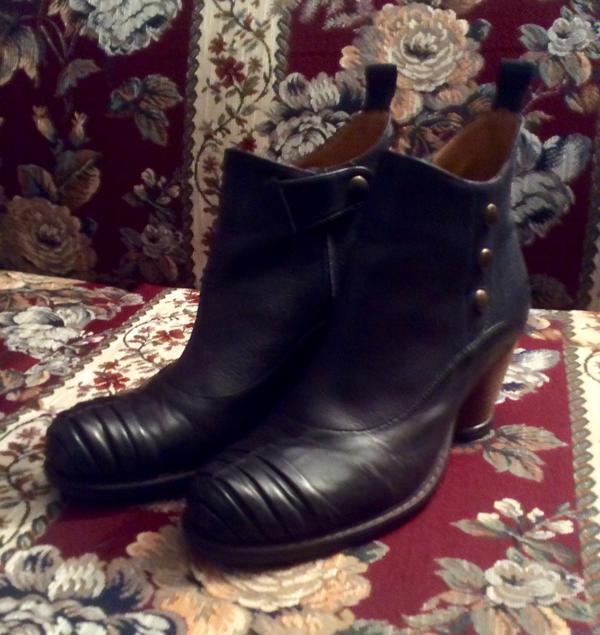 Cecilia  Mezzo ankle boot   NEW PRICE