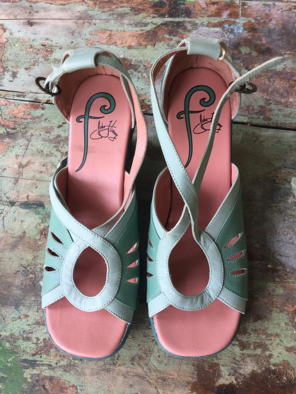 Friends sandals