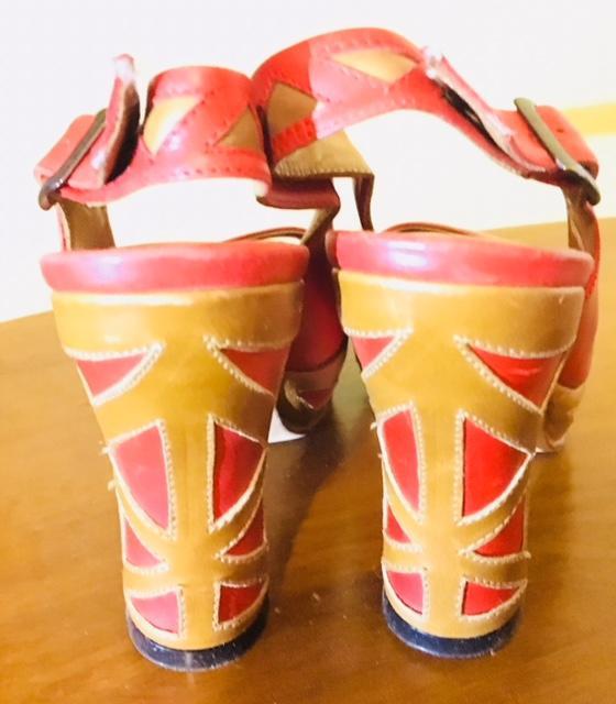 Meera sandal