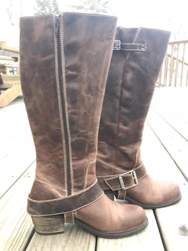 Adriana Tall Boot Luna