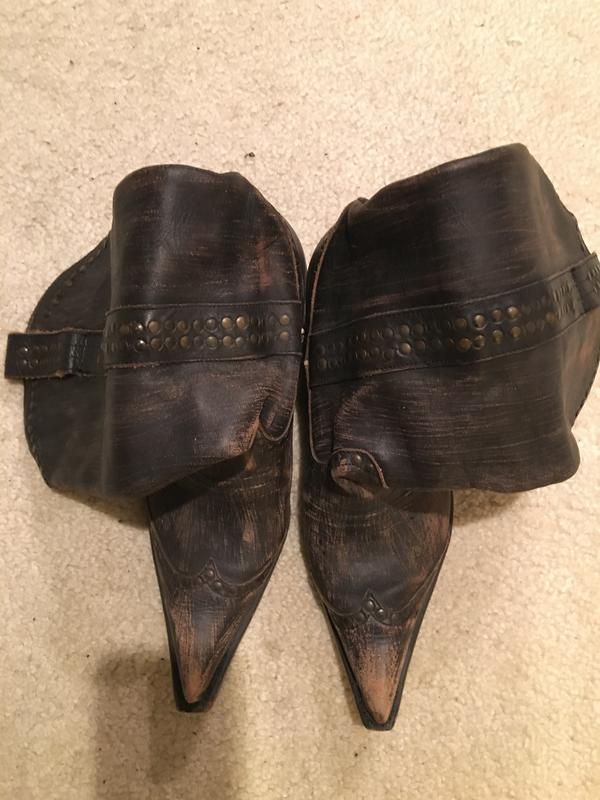 Unique Cowboy Boots w/ Pointed Toe