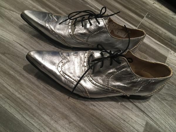 Tokyo Shoe Sample