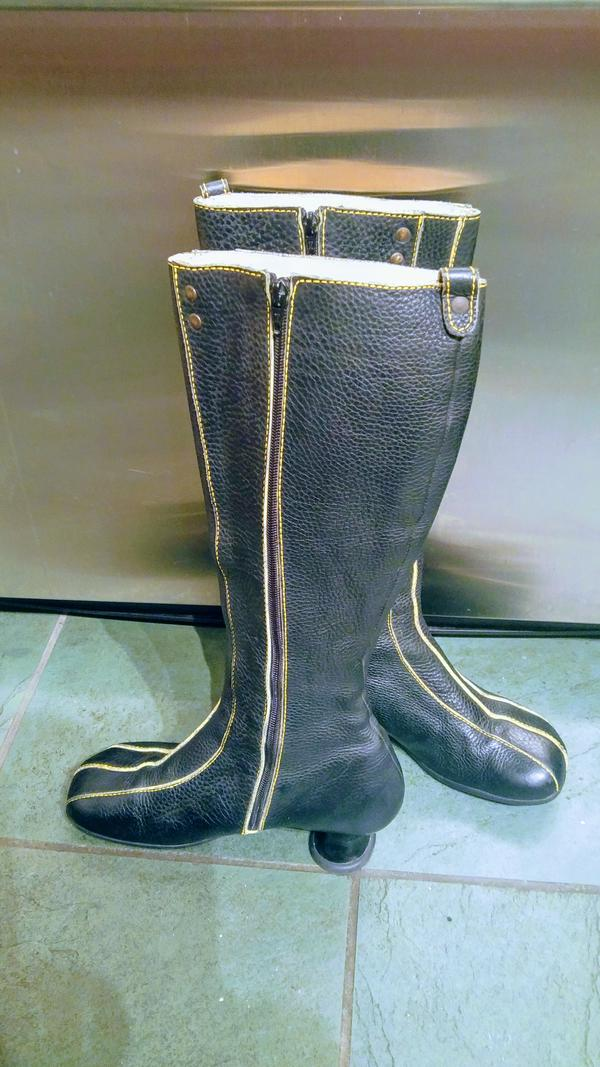 Minstrel Boots