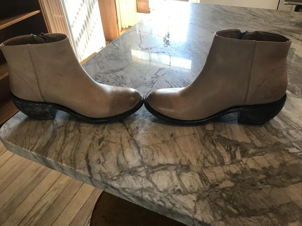 Super Nice Ankle Boots!  Name unknown