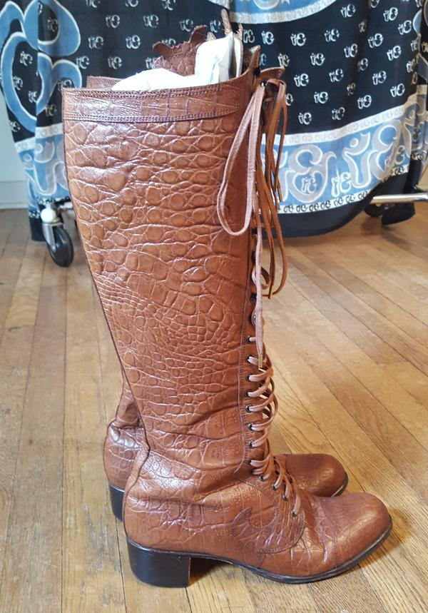 Vintage Crocodile Look Boots