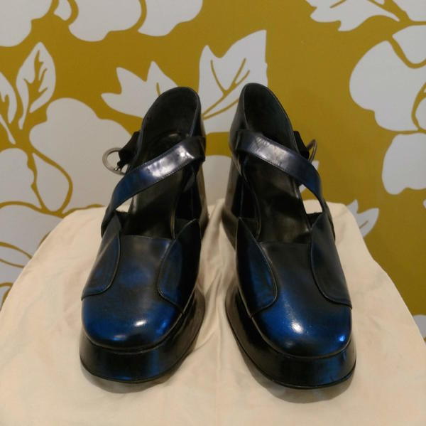 Vintage 90s Tasty Vog Patent Leather Mary Janes