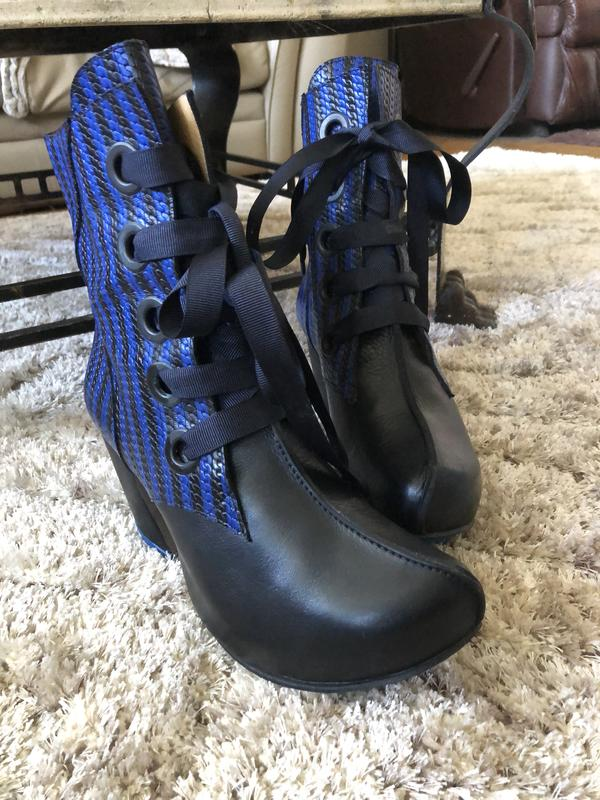 PREPARE LACE-UP BOOTS