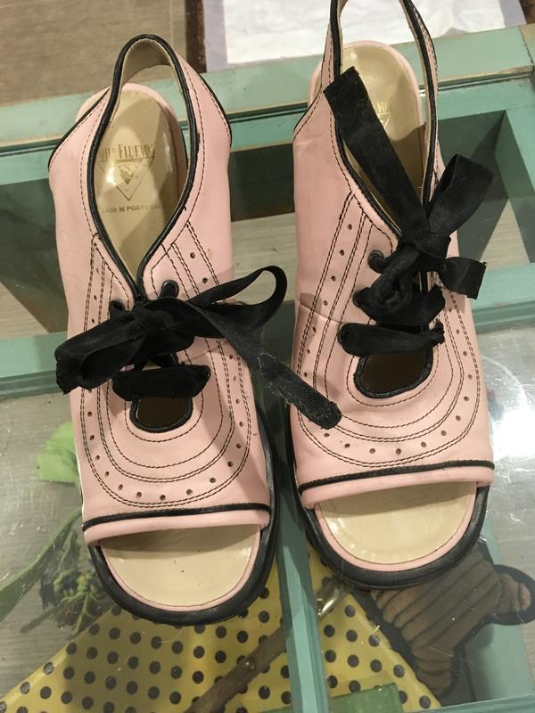 Mini Puddins Pink and black with black ribbon as shoe laces 9